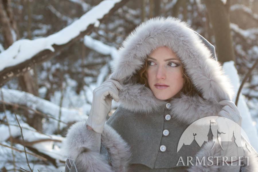 mantel aus wolle die nachfolgerin des winters kaufen vorhanden in graue wolle. Black Bedroom Furniture Sets. Home Design Ideas