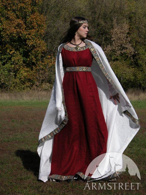 Платья из льна