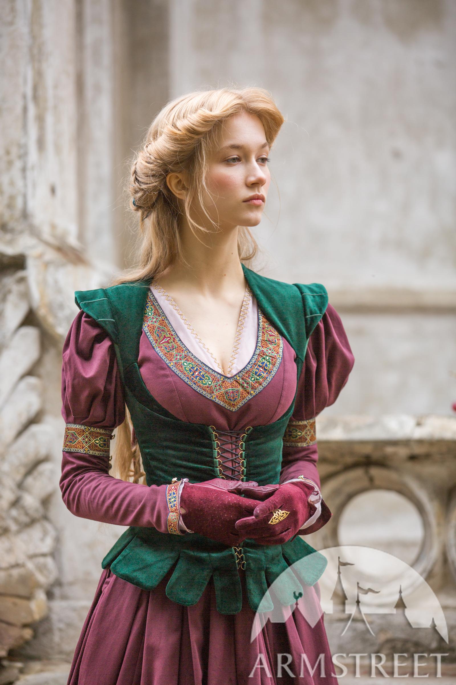 Medieval Clothing For Men Noble